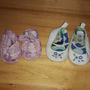 2 pair Brand new baby girl sz 0-3mths shoes